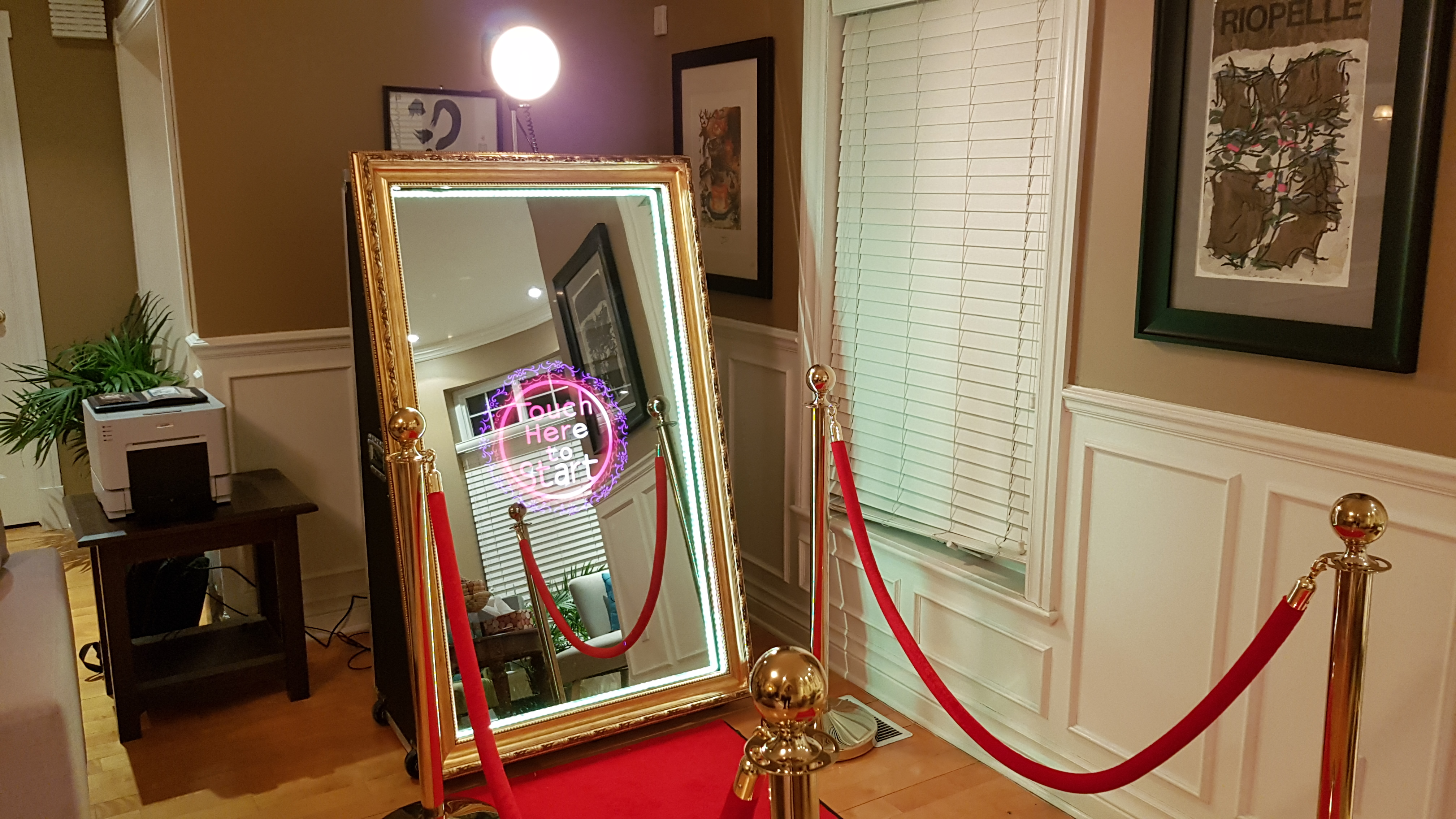 Photobooth montr al miroir magic soir es et ev nements for Miroir montreal
